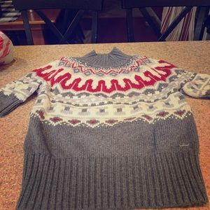 Tommy short sleeve winter sweater size small